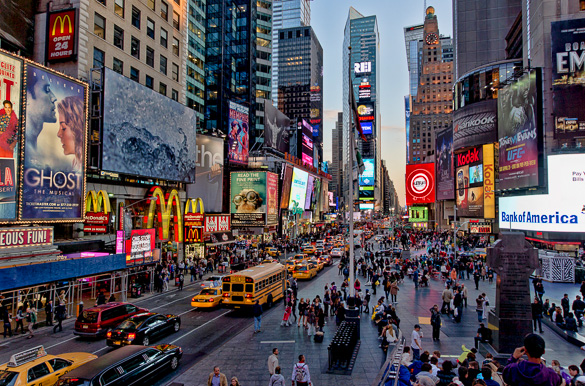 Times-square-manhattan-new-york-ny-carrefours-monde